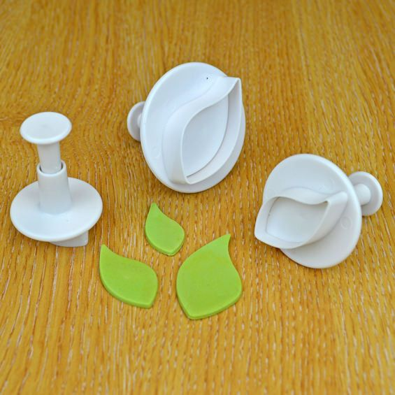 Cake Star Plunger Cutter - Curved Leaf - Set of 3