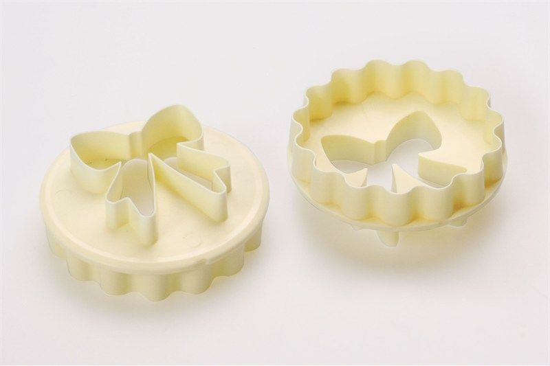 FMM Bow/Scallop Cupcake Cutter